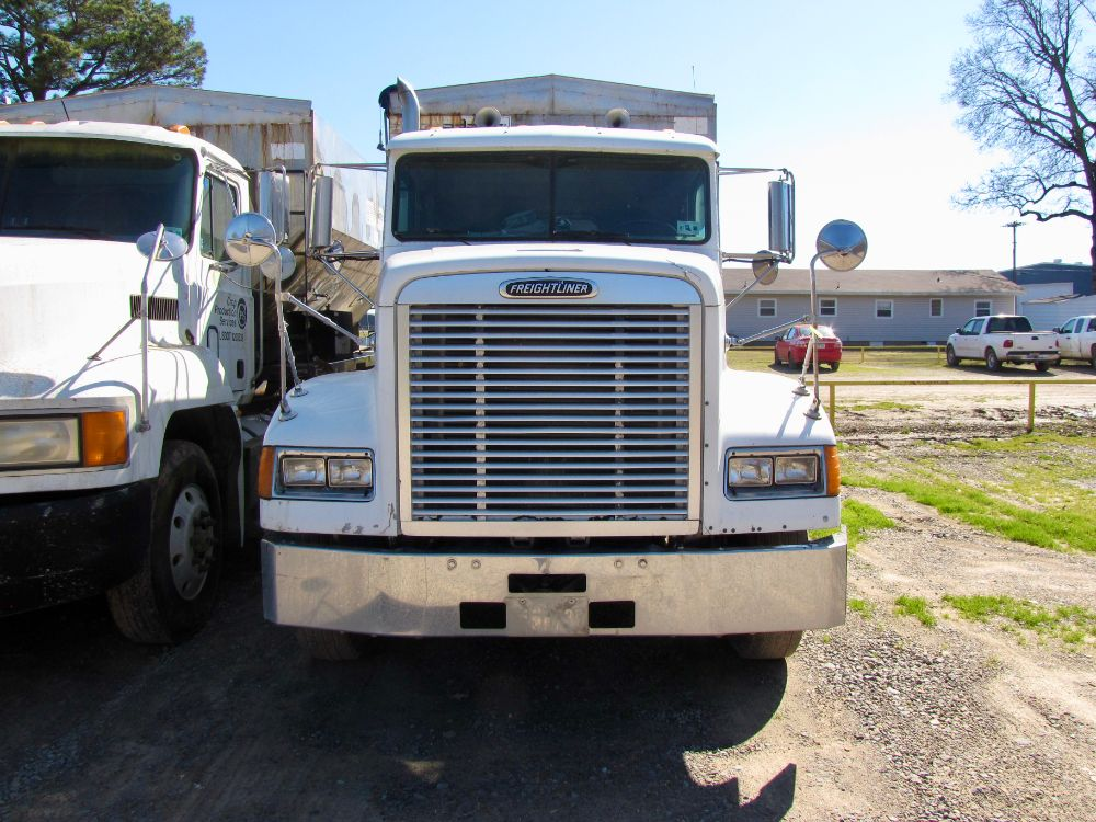 $7,500 | 530T Truck Mounted Tender - Freightliner Truck Image